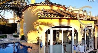 Prodej luxusní vily , Španělsko - Oliva Nova