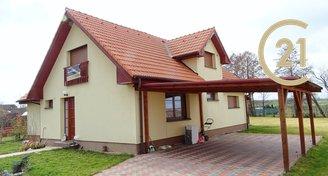 Prodej rodinného domu 198m2, pozemek 2 420m2