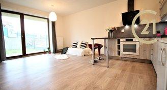 Pronájem nového bytu 1+kk, 35m² - Holubice