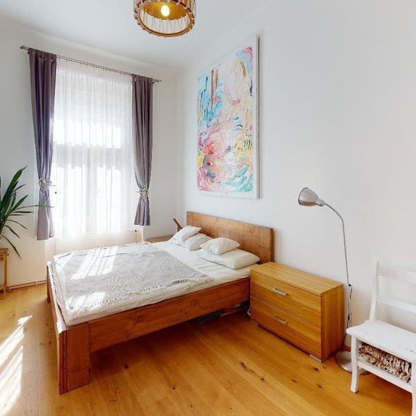 Prodej bytu 3+1/B, 100 m2, v žádané lokalitě Praha 10 - Vršovice