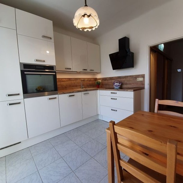 Pronájem bytu 2+1/B, 58 m², Praha 8 - Kobylisy