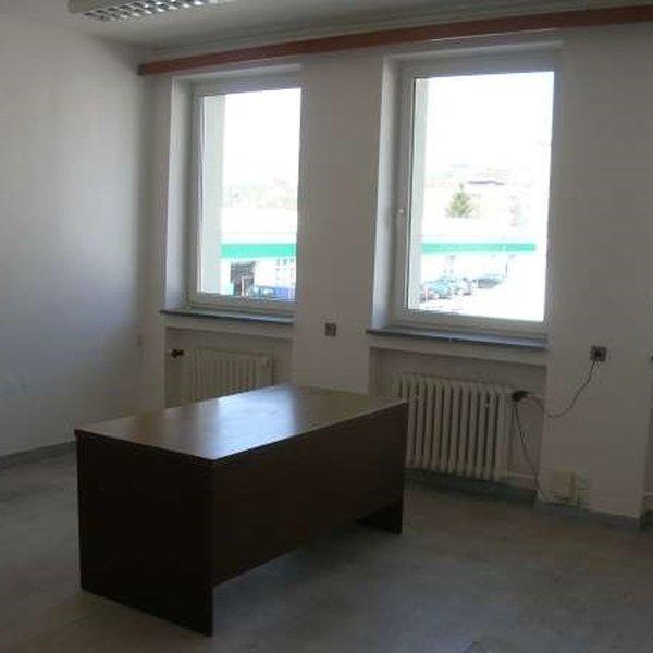 Pronájem, Kanceláře, 28 m² - Zlín, Prštné