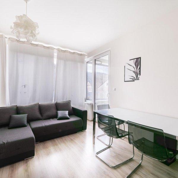 Prodej luxusního bytu 2+KK,Smíchov