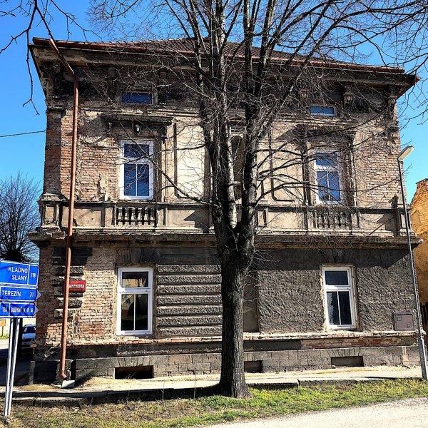Prodej rodinného domu k rekonstrukci, Zlonice