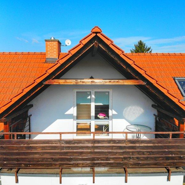 Krásný a prostorný rodinný dům 4+kk se zahrádkou a balkónem