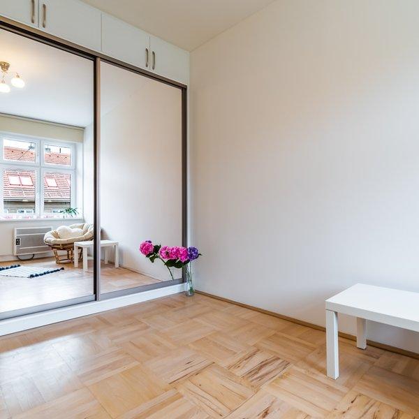 Byt 2+kk, 42m² , balkón, Praha - Vršovice