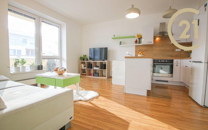 Prodej bytu s lodžií  Brno - Bystrc, ulice Žabí, 2+kk, 45,6² s parkovacím stáním