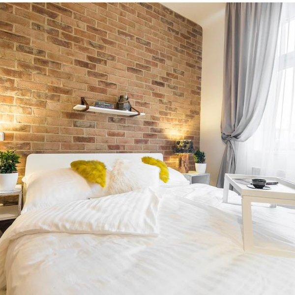 Pronájem bytu 2+kk 37m2- Praha - Vršovice