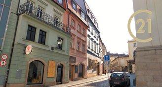 Pronájem mezonetového bytu 4+1 v historickém centru Brna