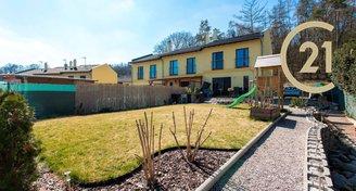 Prodej novostavby řadového domu 4+kk se zahradou
