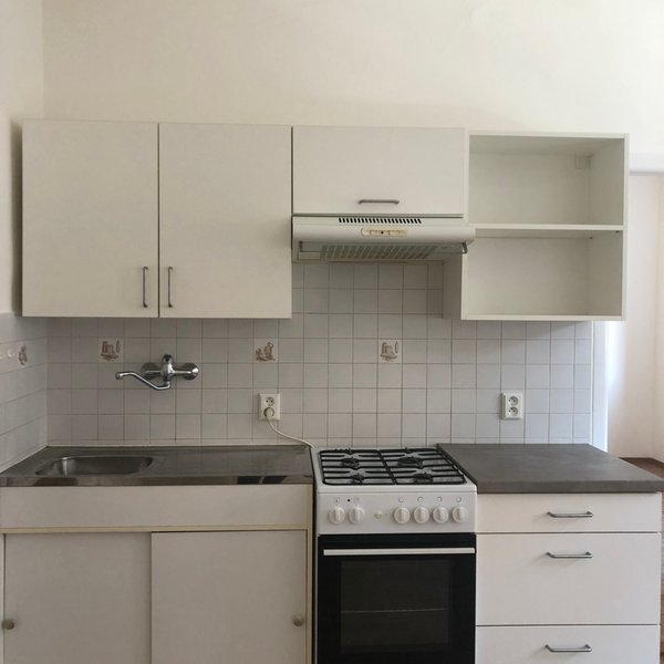 Pronájem malého bytu 2+kk, Novorossijská