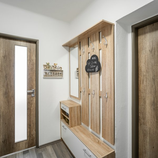 Prodej zrekonstruovaného bytu 2+kk, 61 m² Šatov, Znojmo