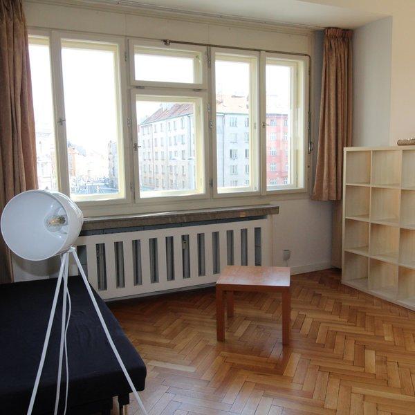 Prostorný byt 3+1 na horní Letné