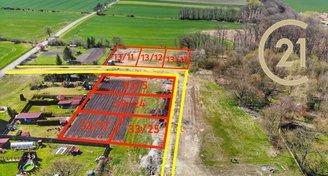 Prodej prostorného a zasíťovaného stavebního pozemku 953m2, Řisuty