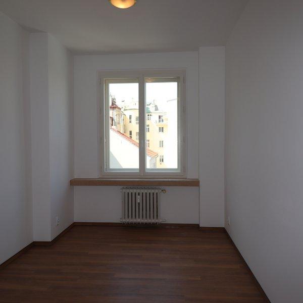 Zrekonstruovaný byt 3+kk u nám. Míru
