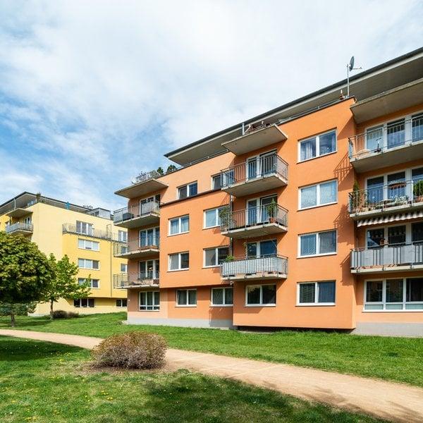 Prostorný a slunný byt 3+kk/B/G (87 m2), Marty Krásové, Praha - Čakovice