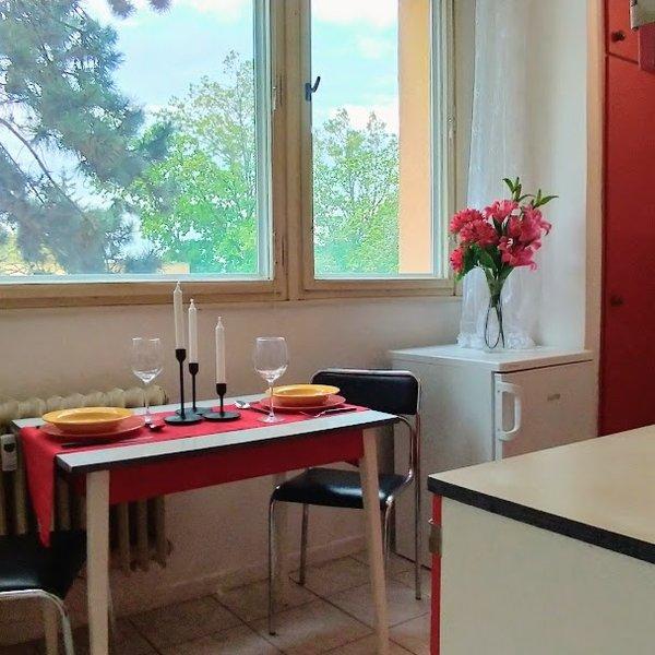 Prodej bytu 1+1 s lodžií ve vyhledávané lokalitě Lesná