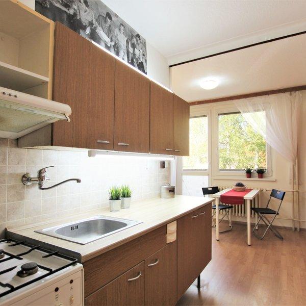 Podnájem bytu 2+1 s balkonem a lodžií ve Šlapanicích