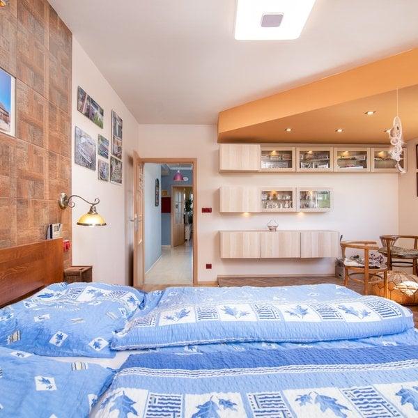 Prodej slunného bytu 3+1, 85m² s garážovým stáním Praha východ -  Úvaly, ul. Dalmatská