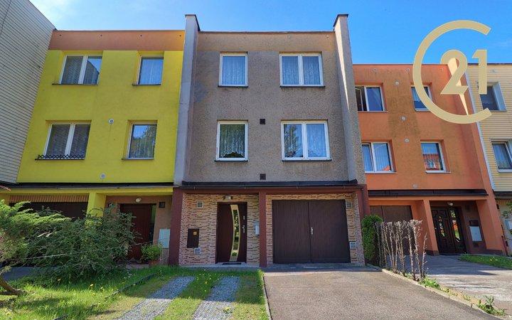 Prodej řadového rodinného dům Ostrava - Výškovice na ulici Kubalova