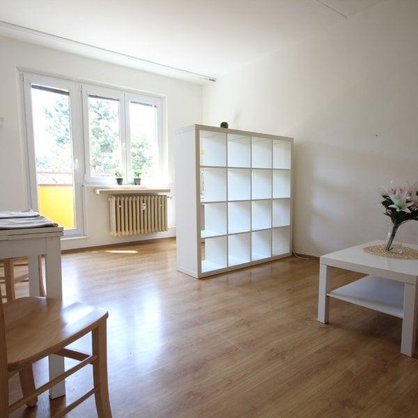 Pronájem bytu 1+1 s balkonem, 27 m2 Brno Vídeňská