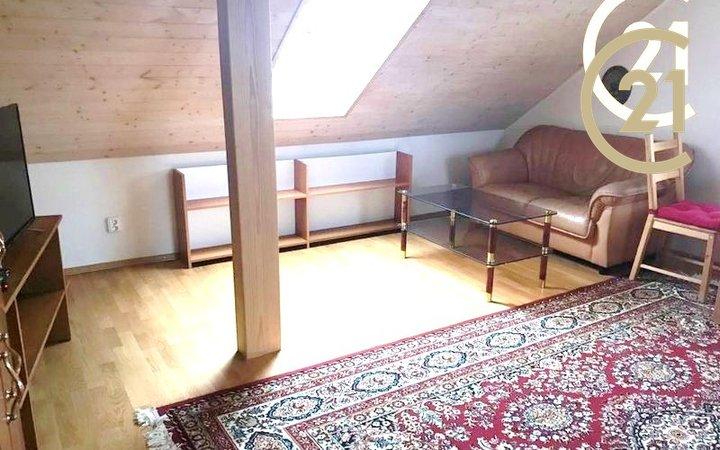 Byt 1+1, 60m², Světice - Svojšovice, Praha-východ