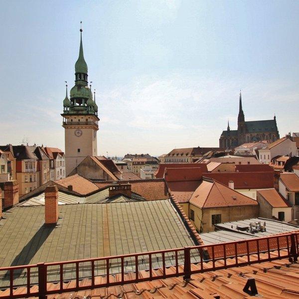 Výjimečný střešní byt 3+kk 103 m2 s terasou 30 m2, ul. Panská 12