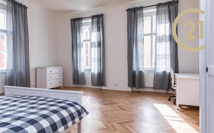 Pronájem krásného bytu 2+1 / 75 m2 na Vinohradech