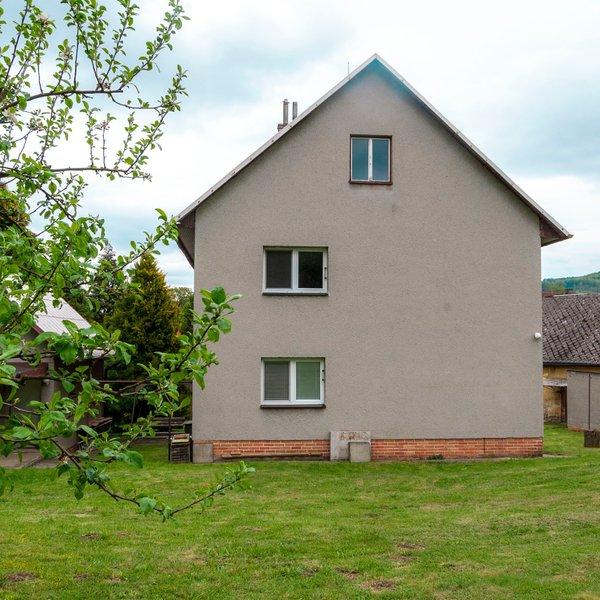 Prodej rodinného domu 5+2, obec Branky.