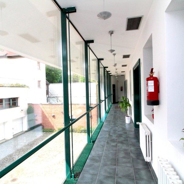 Pronájem kanceláří 52.2m² - s parkováním