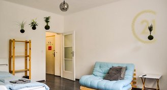 Pronájem bytu 1+kk/B, 35m2, Praha 5- Smíchov