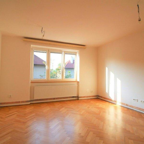 Pronájem bytu 2+1, Pardubice, Sezemická