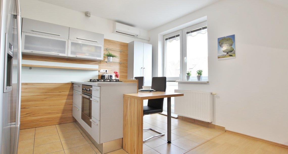 001 kuchyně 2