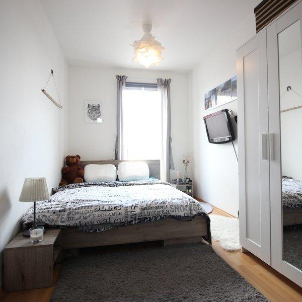 Pronájem bytu 2+kk, ul. Křenová, 5. NP/6, CP 61 m2, částečně zařízený, 2 balkony