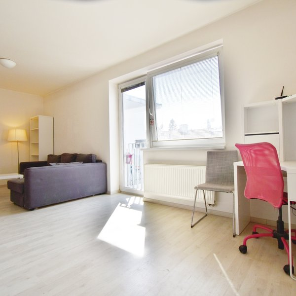 Pronájem slunného bytu 1+kk, 33 m2, ul. Kollárova 5