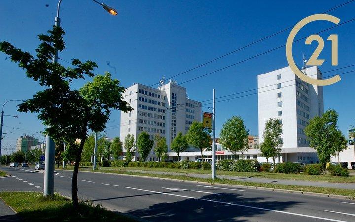 Pronájem, Moderní kancelář, 309 m² - Plzeň