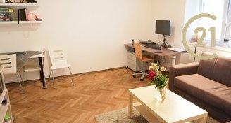 Pronájem bytu 2+1 / 60 m2 ve Vršovicích