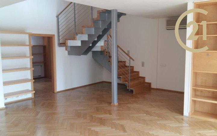Pronájem bytu 5+kk v centru Prahy