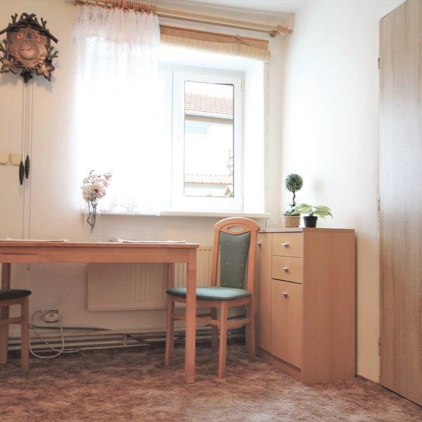 Prodej rodinného domu 152 m2 s předzahrádkou, terasou a garáží