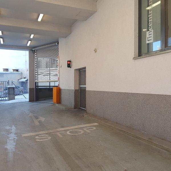 Pronájem garážového stání v novostavbě, Divadelní ul.