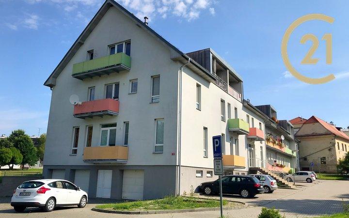 Prodej bytu s velkým balkónem