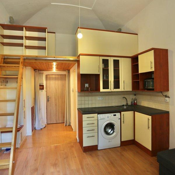 Pronájem bytu  1+kk, 19m² - Praha 2 - Vinohrady
