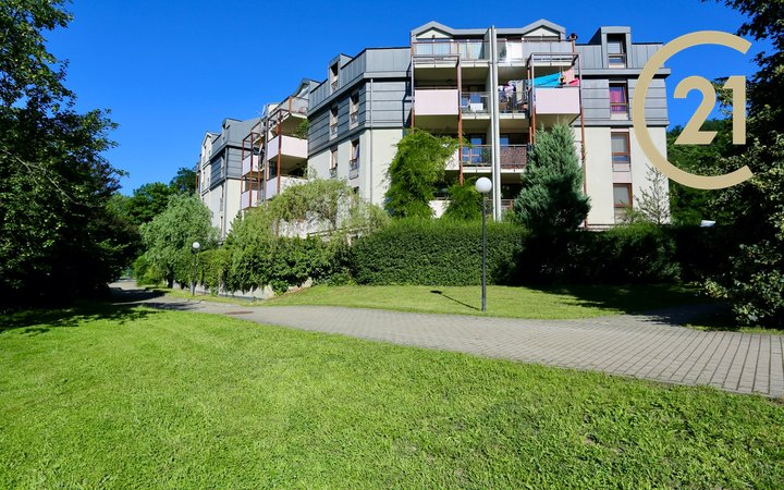 Pronájem bytu  3+kk/B, 87m² - Praha 9  - Libeň, Podvinný mlýn