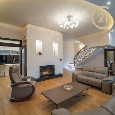 Prodej, Vila, 750 m² -