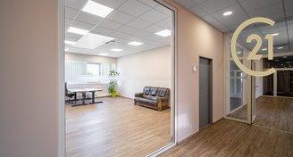 Pronájem kanceláře 26 m² - Praha - Čakovice