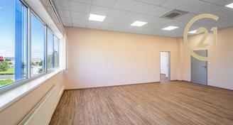 Pronájem kanceláře 170 m² - Praha - Čakovice