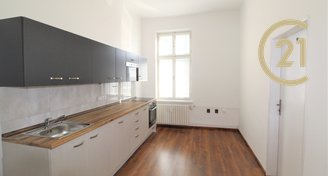 Pronájem bytu 2+1 po rekonstrukci, 69 m² - Ostrava