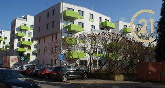 Krásný nový byt 2+kk s balkónem a garážovým stáním