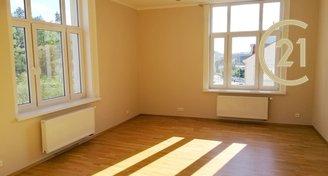 Krásný velký byt 3+kk / 77 m2 u metra Palmovka