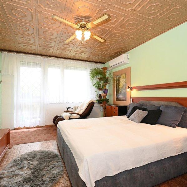 Prodej bytu 4+1/ 106 m² s lodžií a komorou - Praha, Černý Most